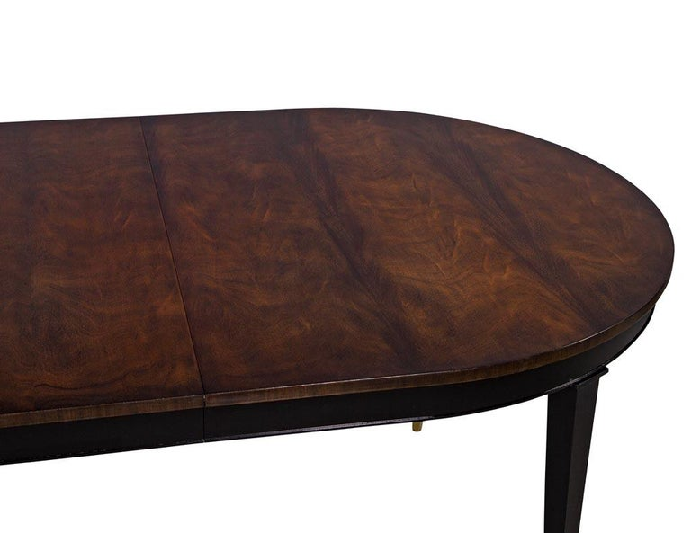 American Flamed Mahogany Dining Table Hepplewhite Inspired For Sale