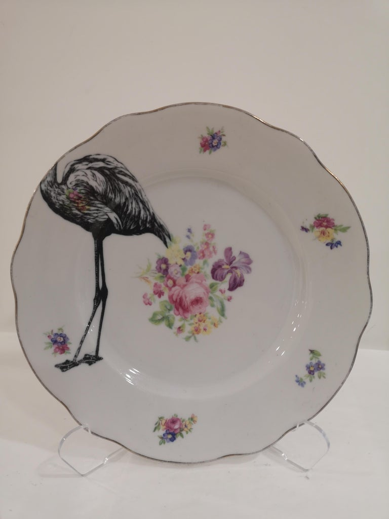 A nice super cool Flamingo is applied across this couple of vintage mismatch dessert and coffee plates.  You can enjoy it in everyday use but remeber to wash it by hand.