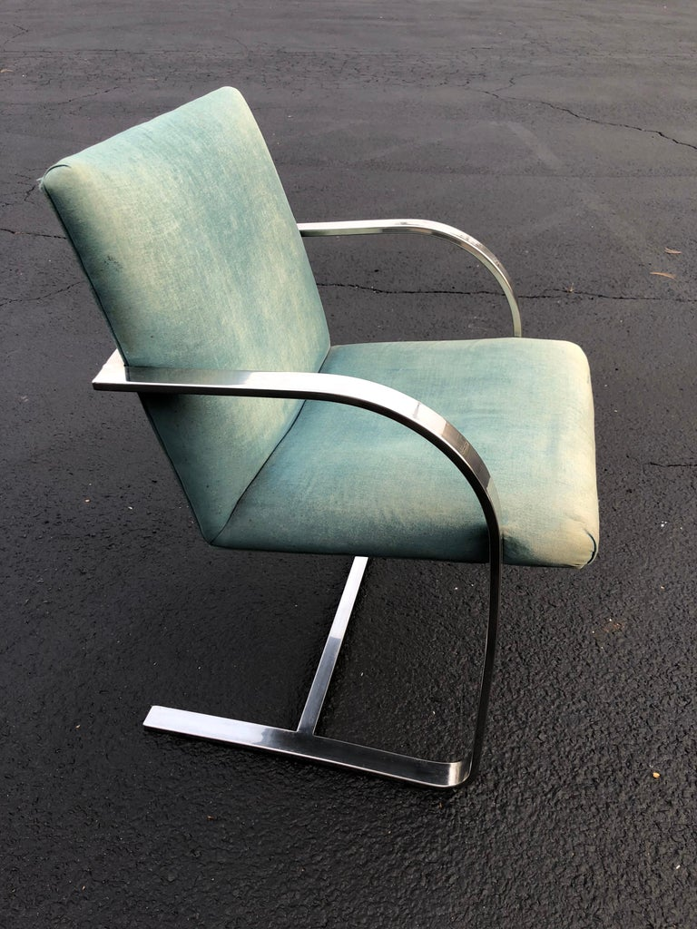 Flat Bar Brno Style Chair In Good Condition For Sale In Redding, CT
