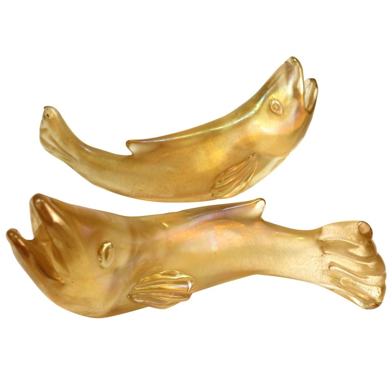 Flavio Poli for Seguso Italian Murano Bullicante Glass Fish For Sale