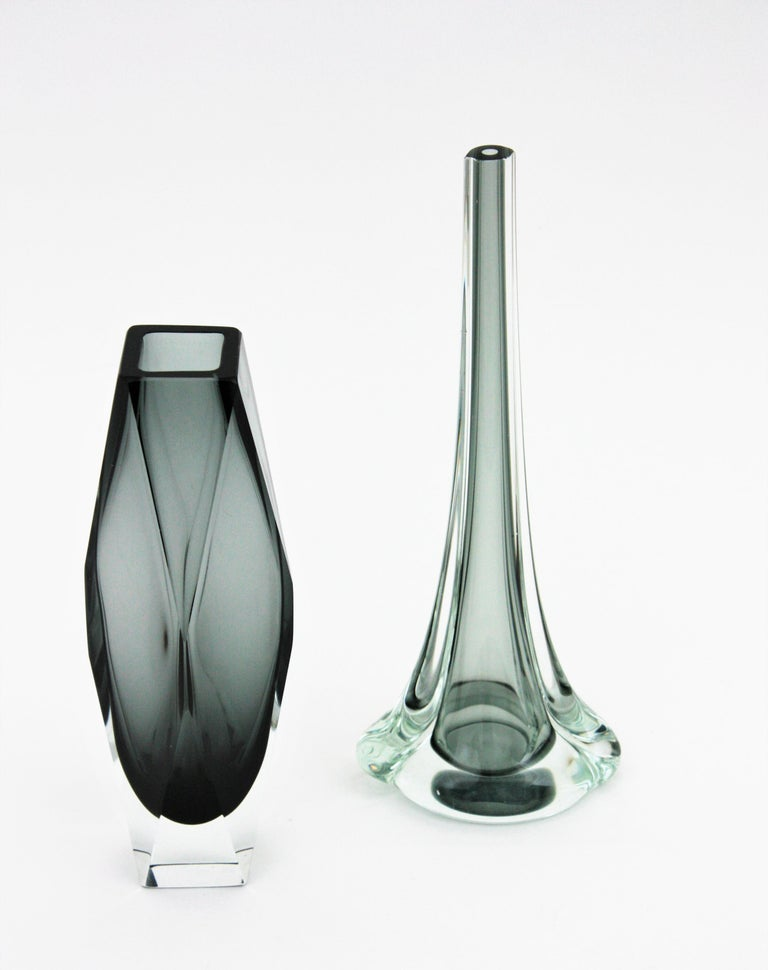 Flavio Poli for Seguso Murano Sommerso Smoked Grey and Clear Art Glass Vase For Sale 6