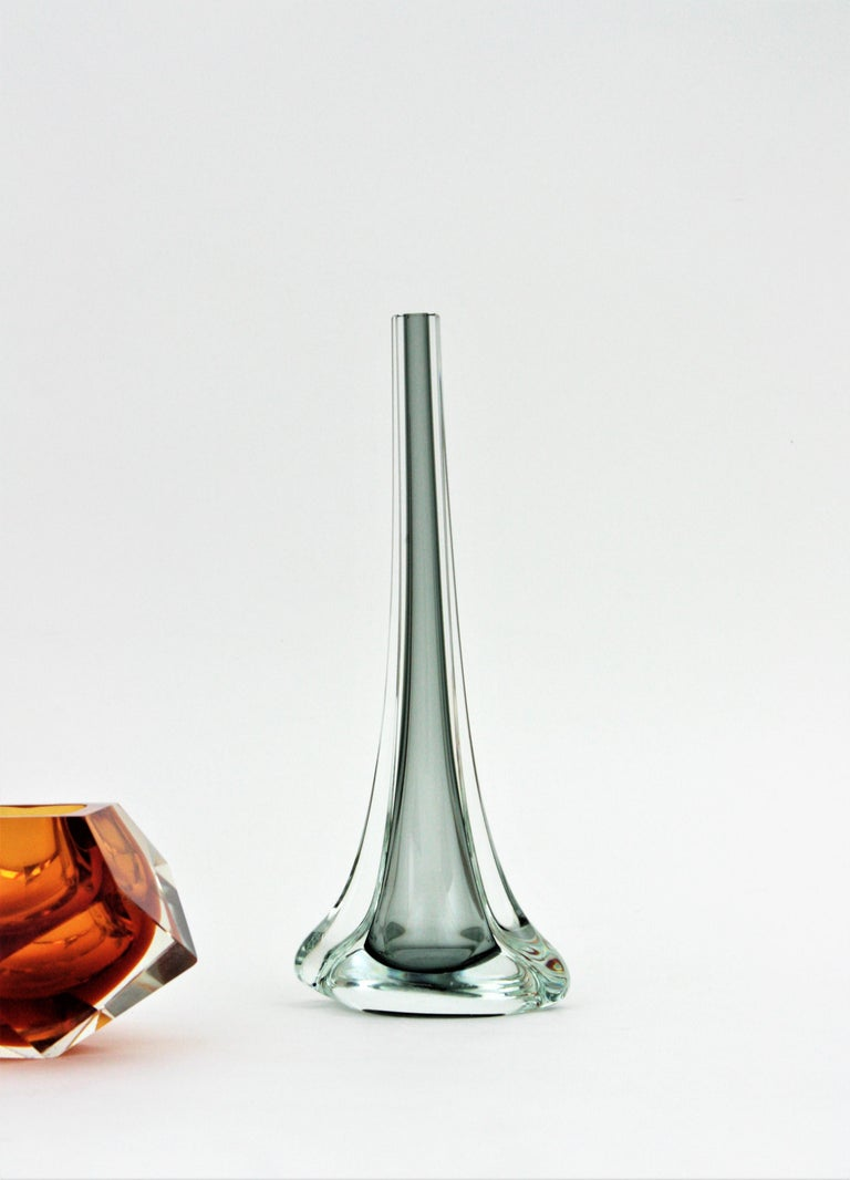 Mid-Century Modern Flavio Poli for Seguso Murano Sommerso Smoked Grey and Clear Art Glass Vase For Sale