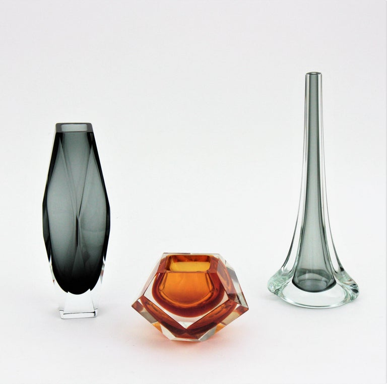 Italian Flavio Poli for Seguso Murano Sommerso Smoked Grey and Clear Art Glass Vase For Sale