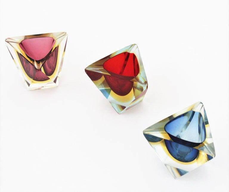 20th Century Flavio Poli Murano Faceted Sommerso Purple Yellow Glass Triangular Ashtray /Bowl For Sale