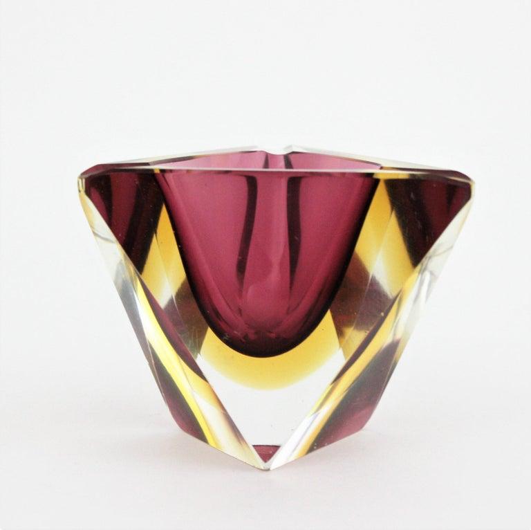 Flavio Poli Murano Faceted Sommerso Purple Yellow Glass Triangular Ashtray /Bowl For Sale 2
