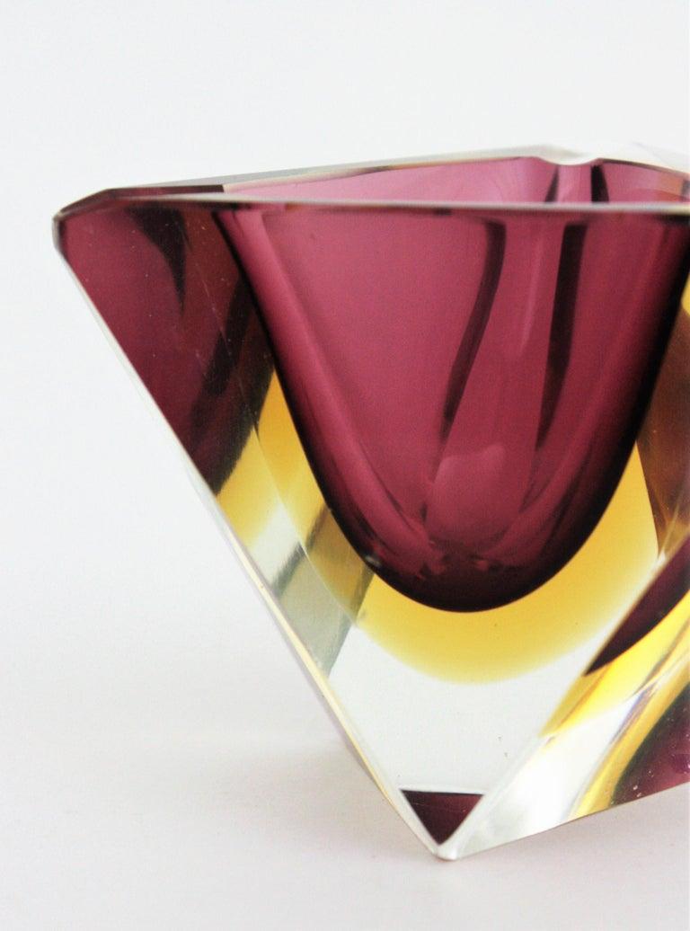 Flavio Poli Murano Faceted Sommerso Purple Yellow Glass Triangular Ashtray /Bowl For Sale 3