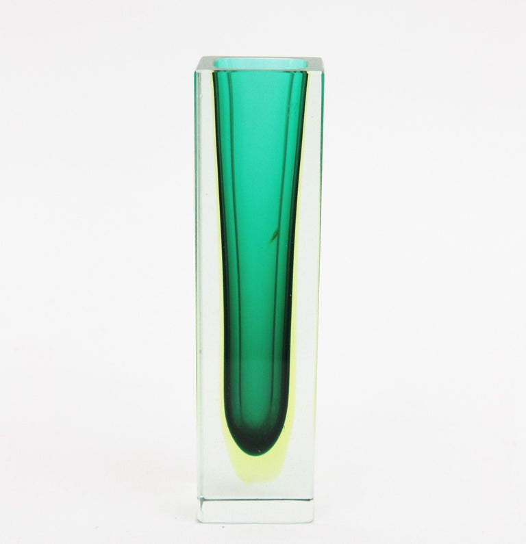 20th Century Flavio Poli Murano Faceted Sommerso Green Yellow and Clear Glass Vase For Sale