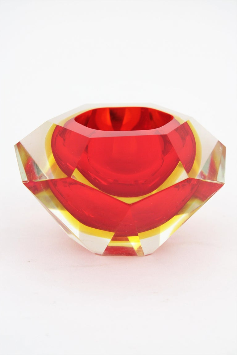 Italian Flavio Poli Murano Red, Yellow and Clear Faceted Glass Diamond Bowl or Ashtray For Sale