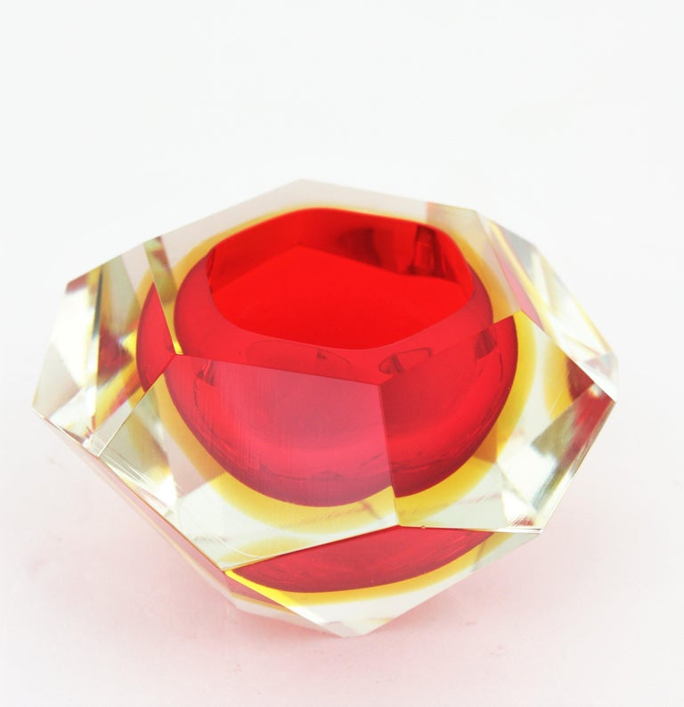 20th Century Flavio Poli Murano Red, Yellow and Clear Faceted Glass Diamond Bowl or Ashtray For Sale