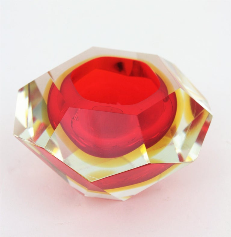 Flavio Poli Murano Red, Yellow and Clear Faceted Glass Diamond Bowl or Ashtray For Sale 1