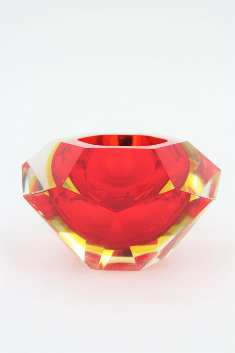 Flavio Poli Murano Red, Yellow and Clear Faceted Glass Diamond Bowl or Ashtray For Sale 3