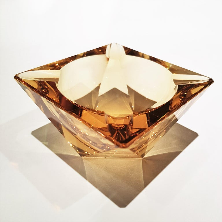 Mid-Century Modern Flavio Poli Murano Yellow Faceted Glass Ashtray For Sale
