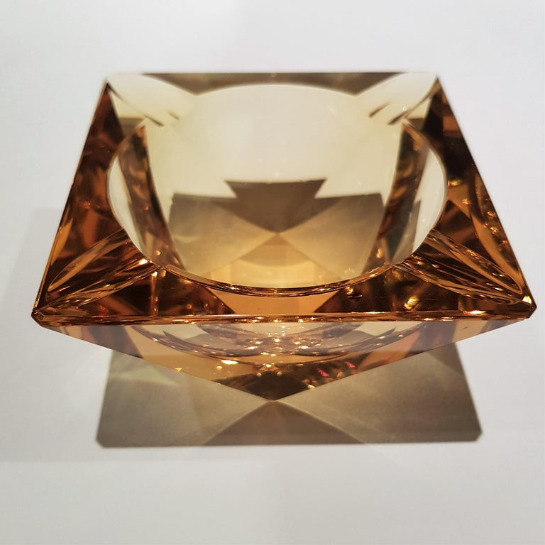 Flavio Poli Murano Yellow Faceted Glass Ashtray In Excellent Condition For Sale In Barcelona, ES