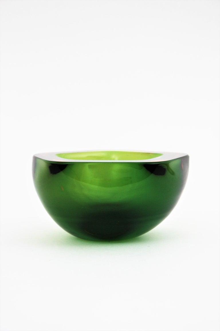 Flavio Poli Seguso Murano Art Glass Sommerso Green Amber Bowl For Sale 6