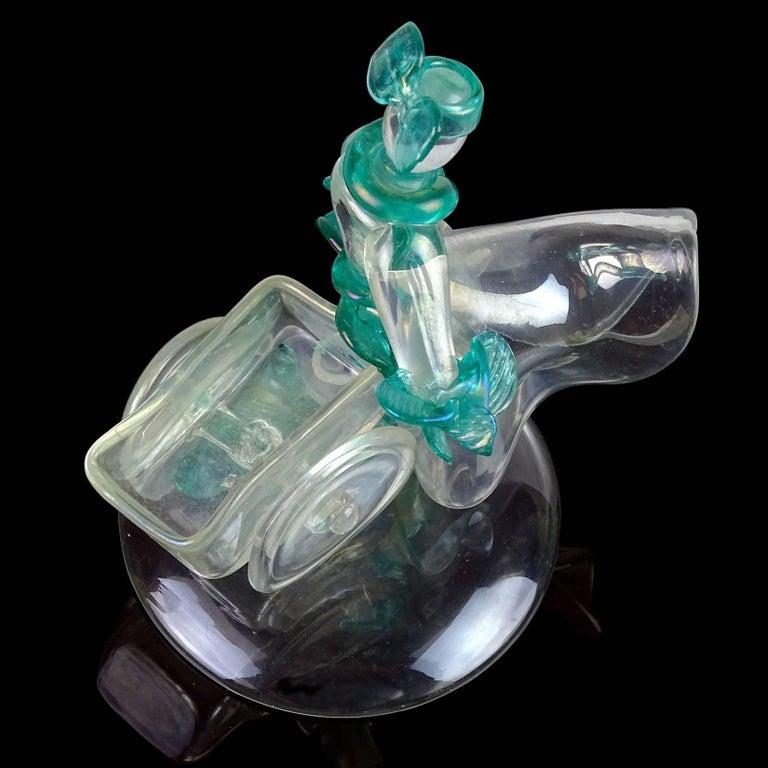 Flavio Poli Seguso Vetri d'Arte Murano Iridescent Italian Art Glass Sculpture In Good Condition For Sale In Kissimmee, FL