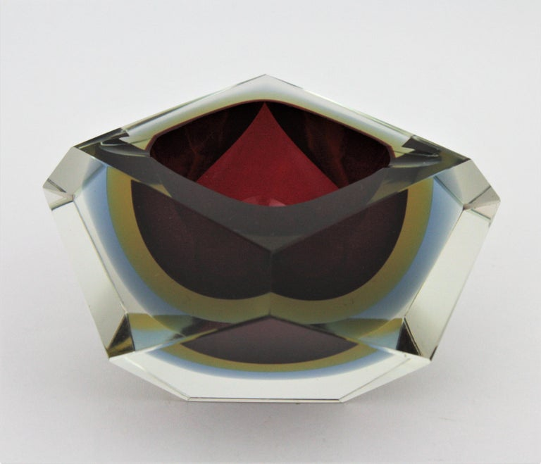 Flavio Poli XXL Red, Yellow & Blue Sommerso Faceted Murano Glass Ashtray / Bowl For Sale 6