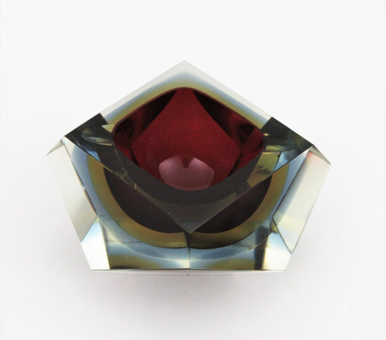 Flavio Poli XXL Red, Yellow & Blue Sommerso Faceted Murano Glass Ashtray / Bowl For Sale 7