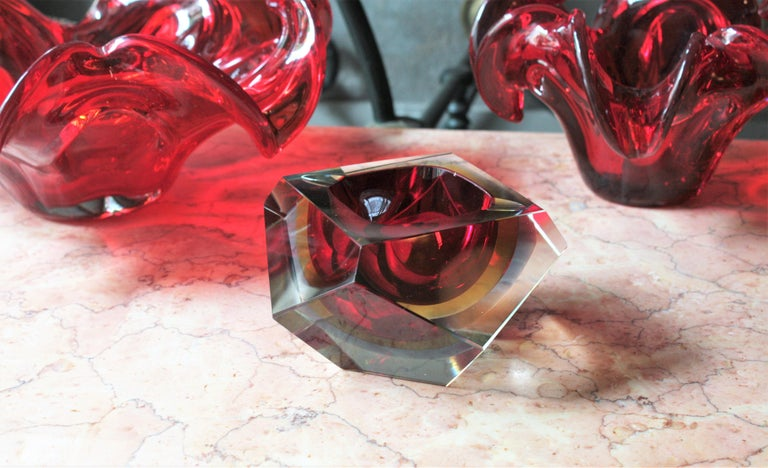 Italian Flavio Poli XXL Red, Yellow & Blue Sommerso Faceted Murano Glass Ashtray / Bowl For Sale