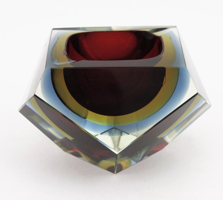 20th Century Flavio Poli XXL Red, Yellow & Blue Sommerso Faceted Murano Glass Ashtray / Bowl For Sale