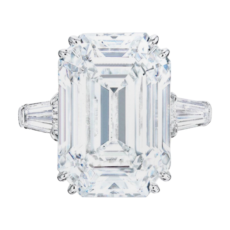 EXCEPTIONAL TYPE IIA GIA Certified 3 Carats Emerald Cut Flawless Diamond Ring