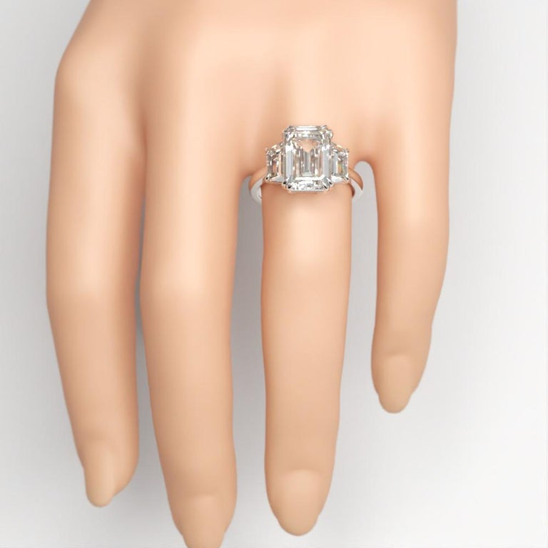 EXCEPTIONAL FLAWLESS GIA Certified 5 Carat Emerald Cut Diamond Platinum Ring For Sale 1