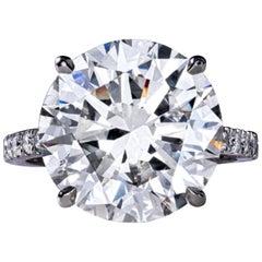 FLAWLESS GIA Certified 7.20 Carat Round Brilliant Cut Diamond Platinum Ring