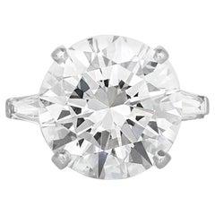 Flawless GIA Certified 8.66 'Main Stone' Carat Round Cut Diamond Ring