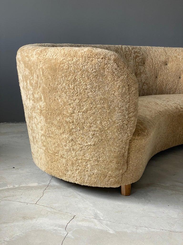 Flemming Lassen 'Attribution' Organic Sofa, Sheepskin, Beech, Denmark 1940s In Good Condition For Sale In West Palm Beach, FL