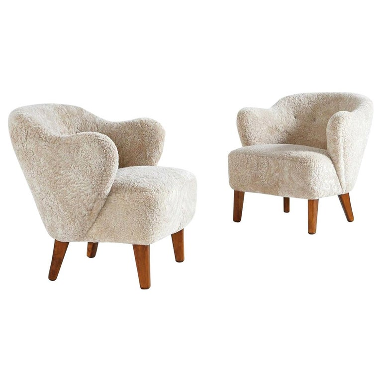 Flemming Lassen Pair of Easy Chairs in Beige Sheepskin, 1940s For Sale