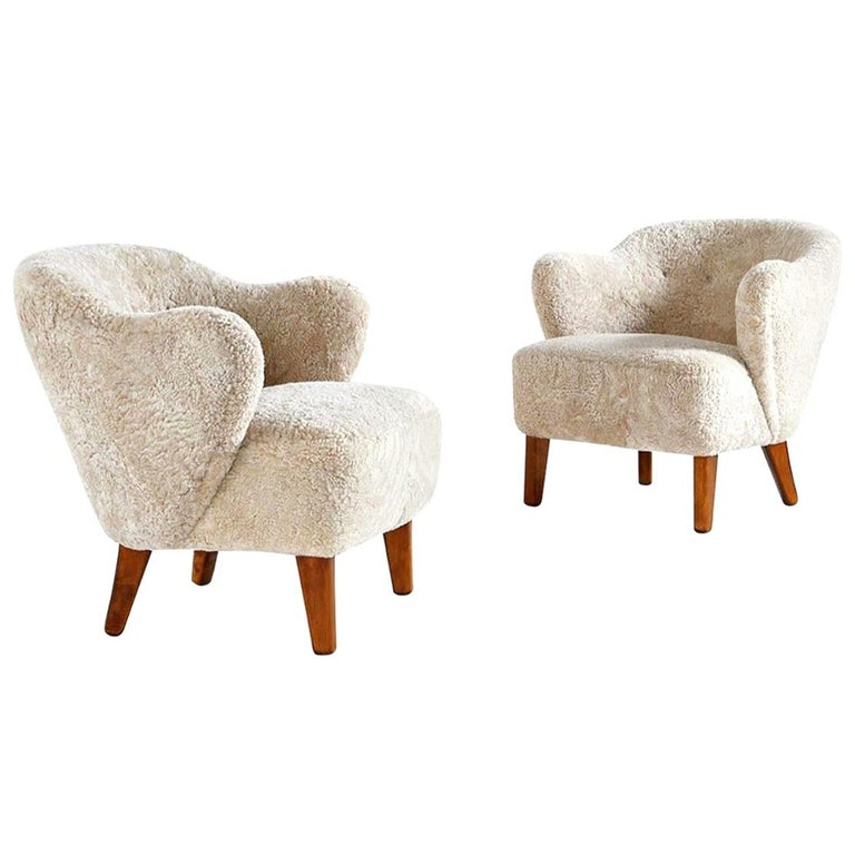 Flemming Lassen Pair of Easy Chairs in Beige Sheepskin, 1940s For Sale