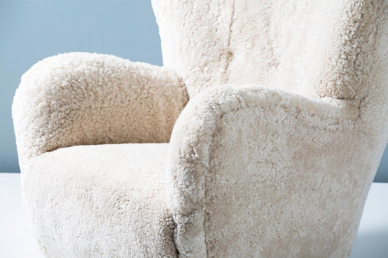 Flemming Lassen Style 1950s Sheepskin Armchair For Sale 2