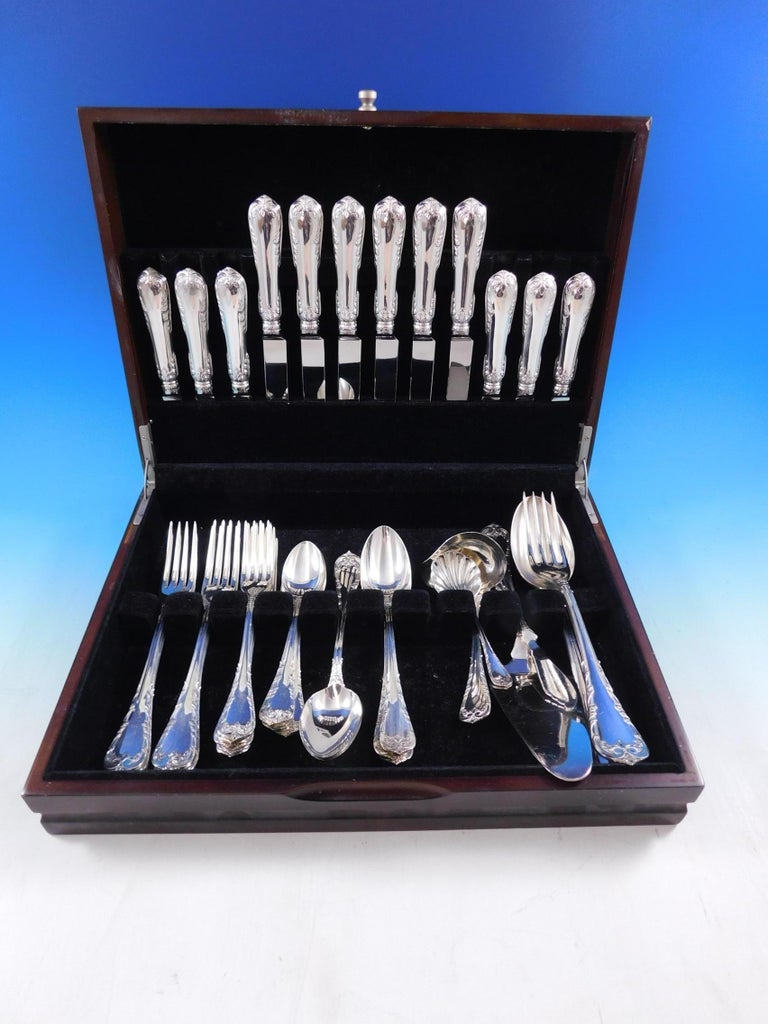 Fleury by Fortunoff Italy Sterling Silver Flatware set, 42 pieces. This set includes:  6 Luncheon Knives, 8 1/4