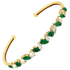 Flexible Diamond Emerald 18 Karat Gold Bangle Bracelet