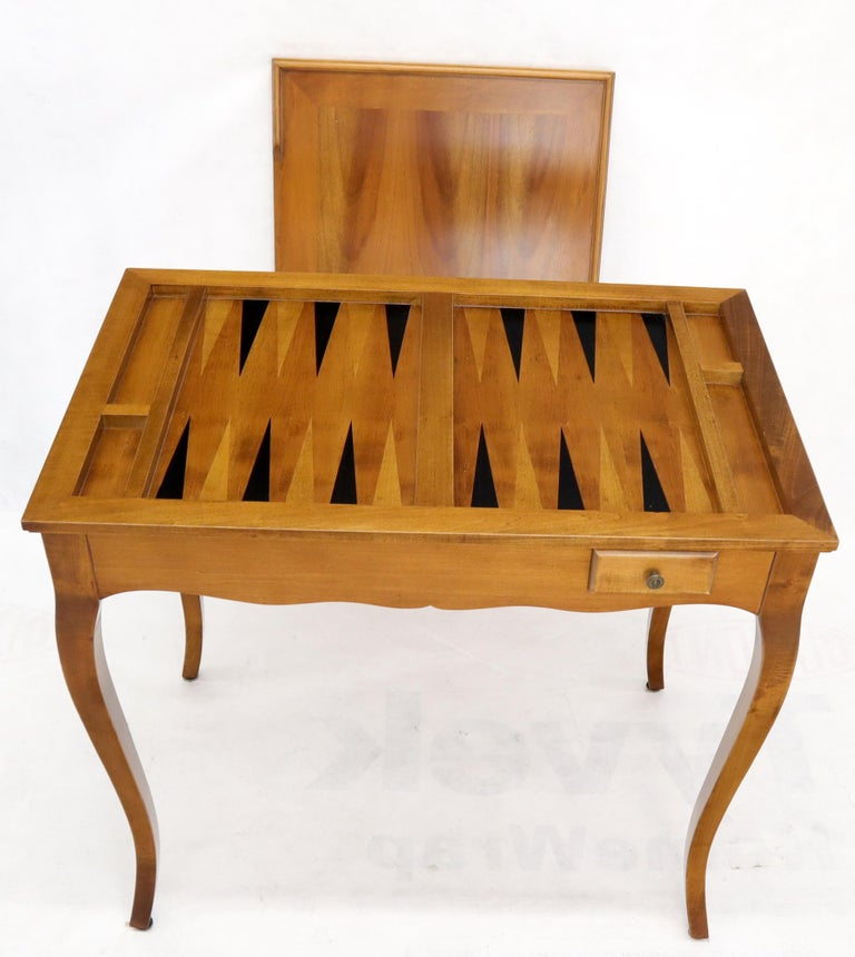 Flip Top Italian Chess Backgammon Game Table with Drawers In Good Condition For Sale In Rockaway, NJ