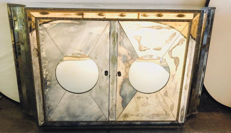 20th Century Floating Art Deco Concave Side Double Door Mirrored Cabinets / Console Table For Sale