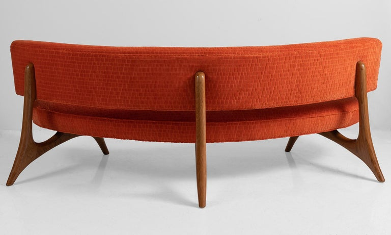 American Floating Curved Sofa by Vladimir Kagan For Sale