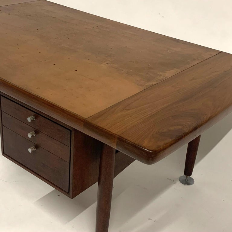 Floating Executive Walnut Desk w Leather Top & Steel Detail by Lehigh  For Sale 5
