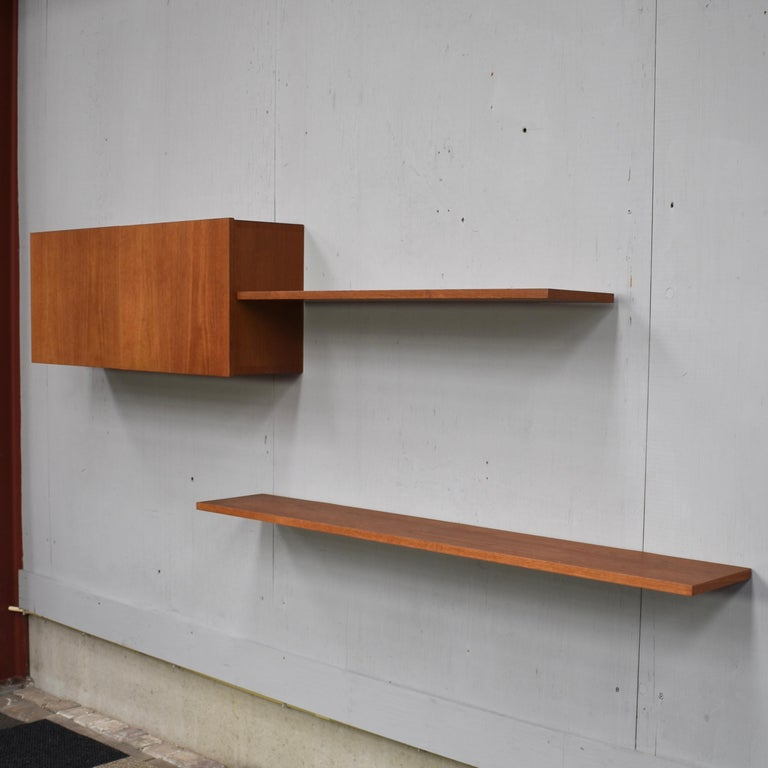 Floating Wall Unit in Teak by Banz Bord, Germany, circa 1970 For Sale 2