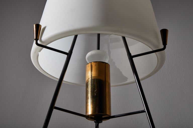 Floor Lamp by Stilnovo In Good Condition For Sale In Los Angeles, CA