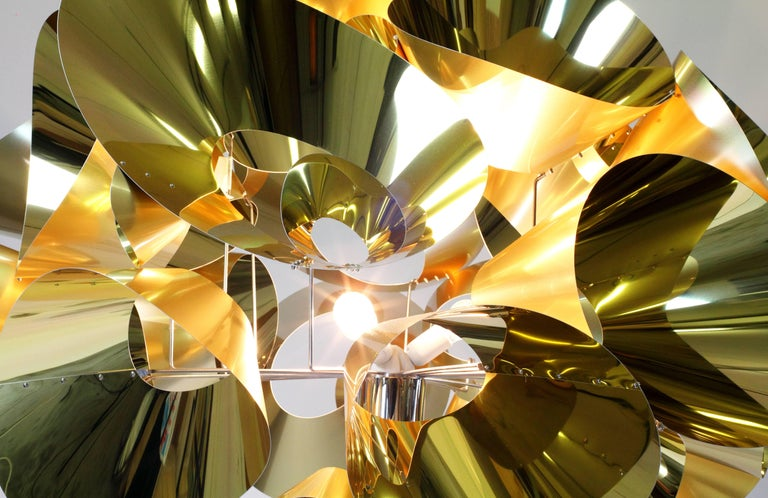 Floor Lamp Contemporary Design Golden Steel Italian Limited Edition Design In New Condition For Sale In Ancona, Marche