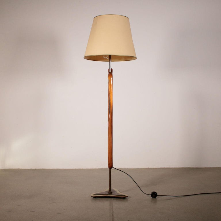Floor Lamp Manufactured in Argentine Vintage, 1950s For Sale 1