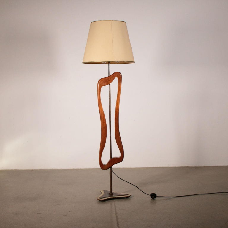 Floor Lamp Manufactured in Argentine Vintage, 1950s For Sale 2