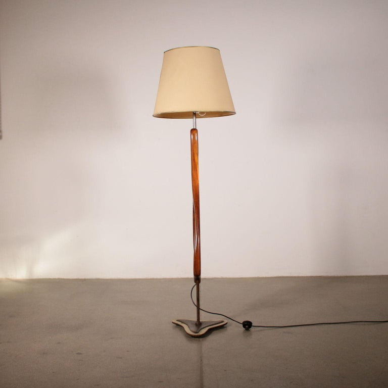 Floor Lamp Manufactured in Argentine Vintage, 1950s For Sale 3