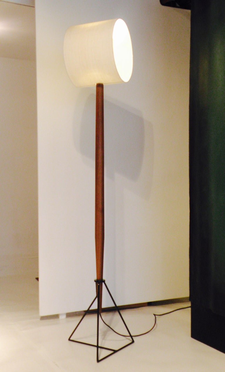 All roads lead to Rome… Floor lamp 'Moore' looks like a collection of separate objects but still functions in a traditional way. Each part has its own quality. The two lampshades do what they were made for and yet occupy a unique position. As a