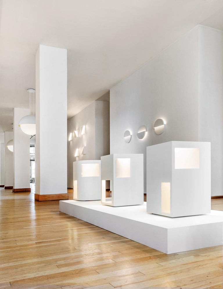 American Floor Lamp Sculpture or End Table in White Corian, Ltd. Edition, II For Sale
