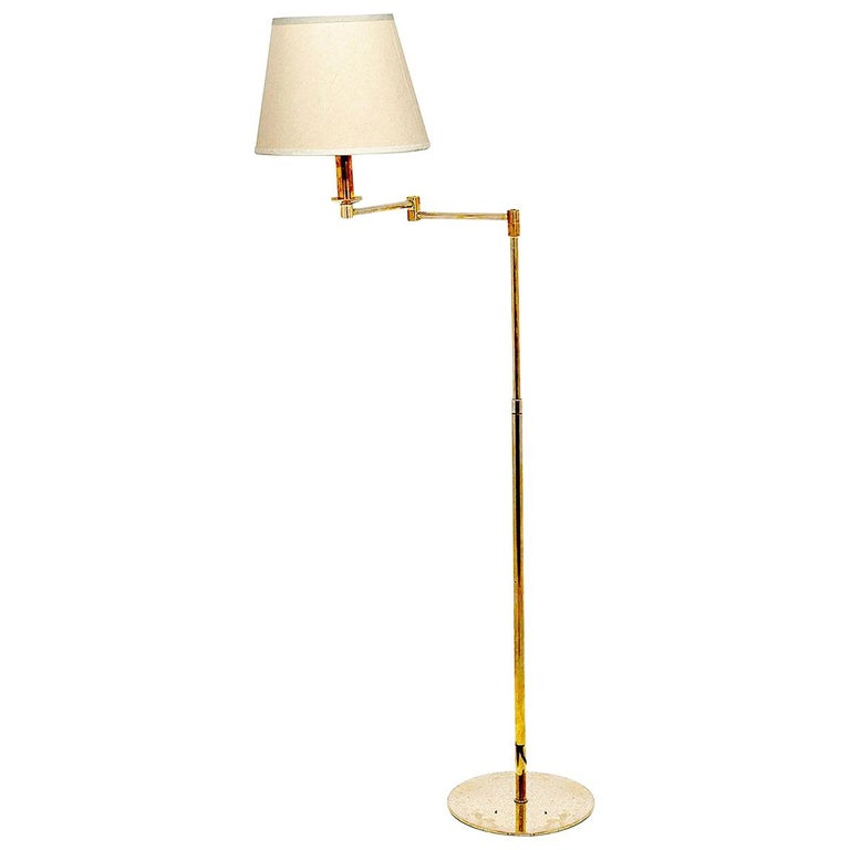 Floor Lamp, Vintage in Guilt Metal, with an Articulated Arm, Brass Color, France For Sale