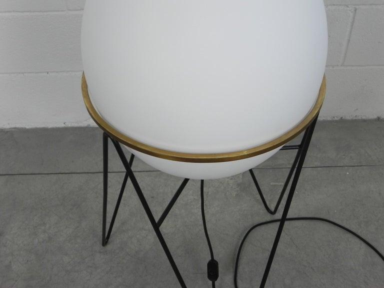 Floor Lamps Stilnovo Midcentury Uovo Brass Italian, 1950 In Good Condition In Rovereta, SM
