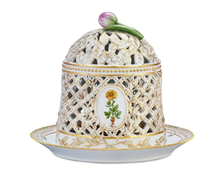 Other Flora Danica Porcelain Dinner Service, 141 Pieces For Sale