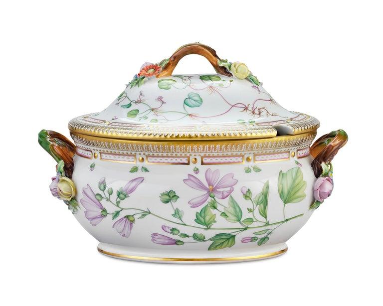 Danish Flora Danica Porcelain Dinner Service, 141 Pieces For Sale
