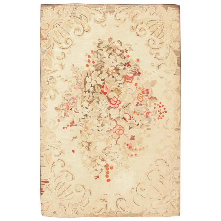 Floral Antique American Hooked Rug For Sale